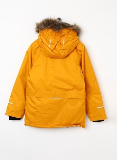 Name It Mont Sarı